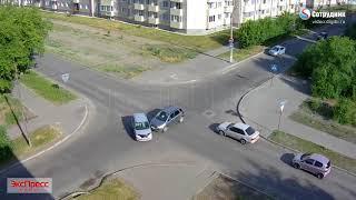 ДТП Бийск на перекрестке ул. Ленинградская - Чайковского 27.06.2018