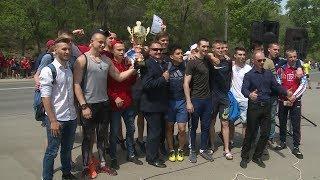 В Волгограде прошел легкоатлетический забег, посвященный 73-летию Великой Победы