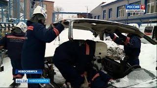 В Новосибирске спасатели-новобранцы сдают экзамен
