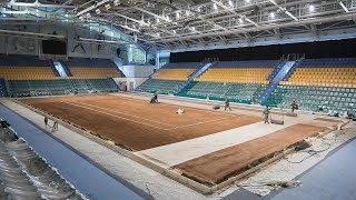 Теннисит для ханты-мансийского корта разгружали трое суток
