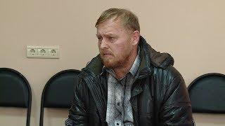 В Волгограде лжеписателя госпитализировали из здания суда