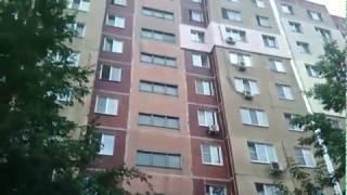 Саратовец упал из окна девятого этажа на Днепропетровской, 2