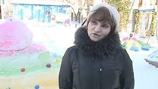 Территорию детского сада в Ярославле украсили снежными фигурами