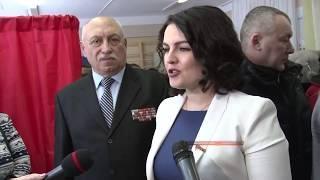 Депутат Госдумы проголосовала в Волгограде при невероятном наплыве избирателей