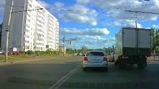 ДТП в Рыбинском районе: иномарка столкнулась с мотовездеходом
