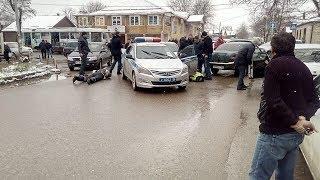 В Пятигорске на видео попало задержание сотрудников ДПС