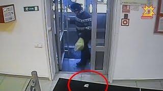 Жительница Новочебоксарска украла 300 долларов