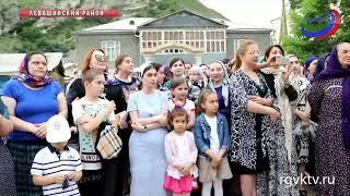 В селе Цудахар открыли сквер и мемориальную доску памяти Магомед-Салама Умаханова