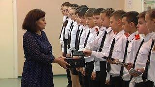 Долой гаджеты: у школьников в Покачах перед уроками забирают телефоны