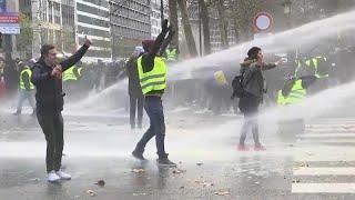 """Солидарные """"жёлтые жилеты"""" на улицах Брюсселя"""