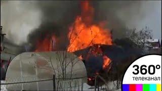 В Челябинской области мужчина на руках вынес из пожара двух стариков