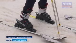В КЧР особенных детей учат кататься на лыжах