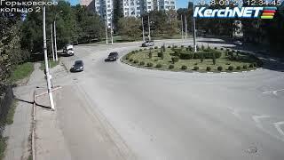 ДТП на Горьковском кольце в Керчи: видео происшествия
