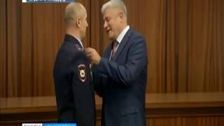 """Майор красноярской полиции получил медаль """"За спасение погибающих"""""""