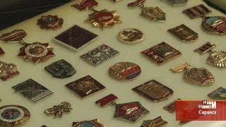 Выставка значков из коллекции спортивного комментатора Александра Люблина