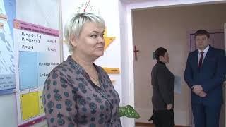 Николай Панков пообещал обеспечить кабинет истории Теликовской школы необходимой техникой