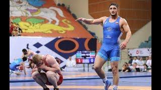 Триумфом сборной Дагестана завершился чемпионат России по вольной борьбе