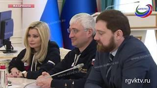 Владимир Васильев встретился с представителями патриотического движения «ПроРФ»