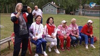 Олимпийские чемпионы совершили турне по загородным лагерям Новгородской области