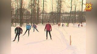 Спортивные семьи Чувашии соревновались в лыжных гонках за призы Главы региона Михаила Игнатьева.
