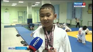 Спортсмены из Калмыкии стали победителями и призёрами открытого чемпионата мира по грэпплингу