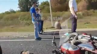 В Ставропольском крае столкнулись микроавтобус и мотоцикл