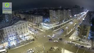 Опубликовано видео ДТП на перекрёстке Советской и Чичканова