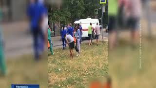 """В Новочеркасске столкнулись ВАЗ и """"скорая"""", пострадали три человека"""