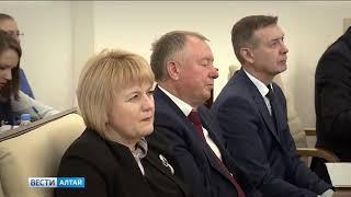 Новые лица Правительства Алтайского края: какие отставки и назначения сделал Виктор Томенко?