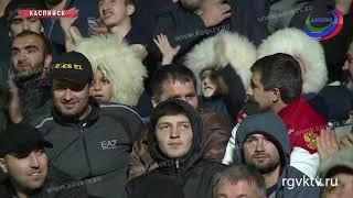 На стадионе «Анжи-арена» прошла встреча чемпиона UFС Хабиба Нурмагомедова с болельщиками