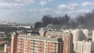 Пожар в Москве в районе Печатники после сильного ветра 30.05.2018