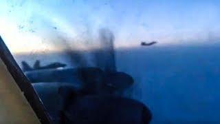 Пилот Ту-95 ВКС РФ снял из кабины сопровождавший его американский F-22