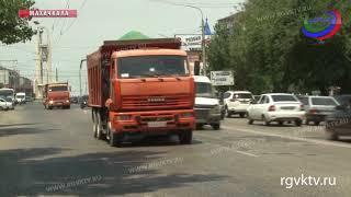 На некоторых дорогах Северного Кавказа введут ограничения для большегрузов
