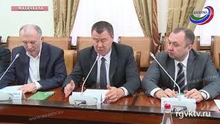 Премьер Дагестана встретился с делегацией Международной ассоциации исламского бизнеса