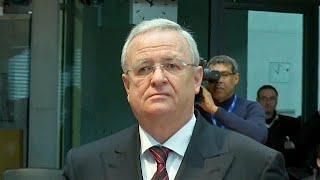 Экс-главе VW предъявлены обвинения