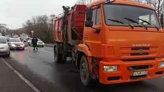 На Камчатке под колесами мусоровоза погиб человек | Новости сегодня | Происшествия | Масс Медиа