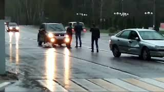 В Воронеже пенсионер на «Рено» сбил двух женщин на переходе, одна из них погибла