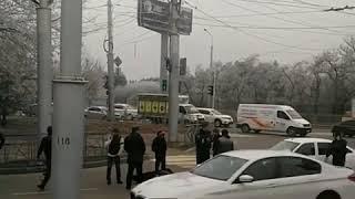 Пенсионерка попала под колёса маршрутки в Ставрополе