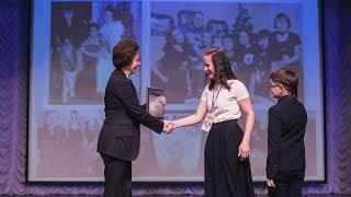 Губернатор Югры наградила победителей конкурса «Семья года»