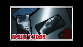 Автоконцерн создал чехлы для телефонов из металла разбитых в ДТП машин