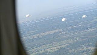 Студенты ВолГУ прыгнули с парашютом