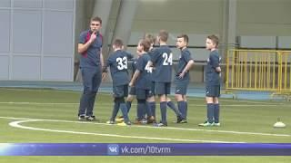 В Саранске лучшие тренеры ЦСКА проводят мастер-классы для юных футболистов