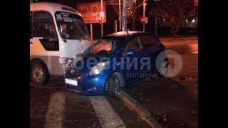 Автолюбительница спровоцировала ДТП с пригородным автобусом в Хабаровске. Mestoprotv