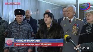 Владимир Васильев поздравил личный состав КПП Хушет с Днем защитника Отечества