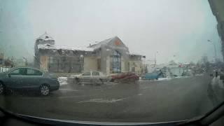 В Гродно Peugeot опасно ушел от ДТП на встречку