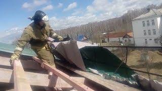 В Башкирии сильный ветер повредил крышу детского дома