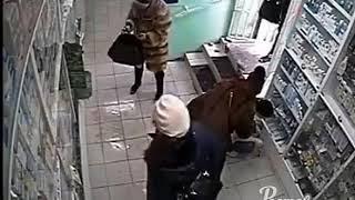 Воровки в аптеке 5.3.2018 Ростов-на-Дону Главный