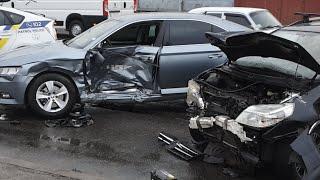 Жесткое ДТП с пострадавшими в Киеве на Электриков