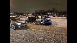 17 февраля ДТП в Москвестолкнулись три авто