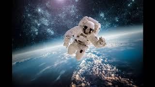 Отправила маму в космонавты